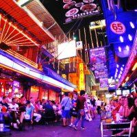Patpong, Destinasi Wisata Mesum Di Thailand