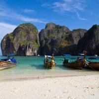Maya Bay - Pantai Indah Yang Kental Dengan Leonardo Decaprio