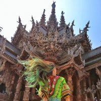 Sudah Tahu Sanctuary Of Truth Yang Ada Di Thailand ?