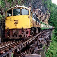 """Melihat Kekelaman """"Death Railway"""" Yang Ada Di Kachanaburi"""