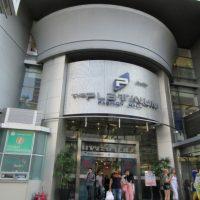 """Platinum Fashion Mall, """"Mangga Dua"""" Nya Orang Thailand"""